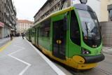 MPK Poznań: Zerwana sieć na rondzie Starołęka i wykolejenie się tramwaju na Gwarnej