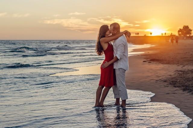 Horoskop miłosny na czerwiec dla wszystkich znaków. Na niektóre znaki zodiaku czeka prawdziwa miłość>>>