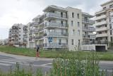 Jantarowa 8 w Lublinie. Ludzie kupili mieszkania, ale nie mogą uzyskać aktów notarialnych, bo deweloperzy kłócą się o pieniądze