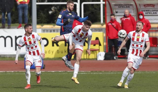 W sobotnim meczu 23. kolejki Fortuna 1 Ligi Apklan Resovia zremisowała u siebie z Odrą Opole 1:1.RELACJA Z MECZU ---> TUTAJ