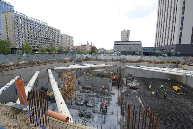 Przy alei Korfantego w Katowicach trwa budowa Hotelu Puro