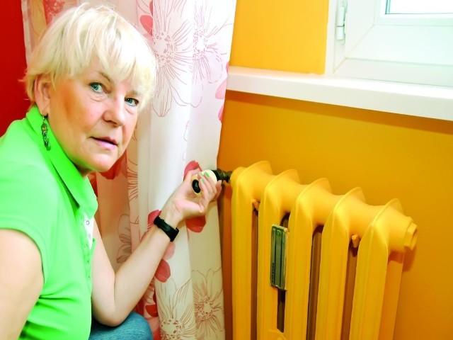 Pani Krystyna oszczędza ciepłoPani Krystyna oszczędza ciepło. I tak przy rocznym rozliczeniu musiała dopłacić 65 zł.