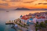 Wakacje w Grecji: tajemnicze Smocze Domy na wyspie Evia