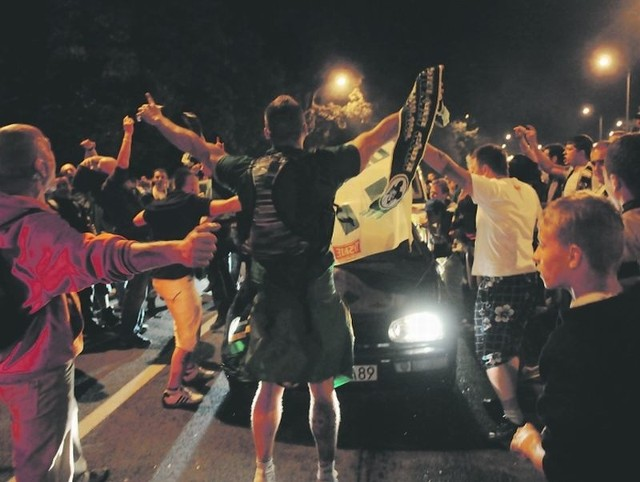Kibice Falubazu długo i hucznie świętowali złoty medal. Nikt jednak nie przypuszczał, że wielka feta skończy się tak tragicznie.