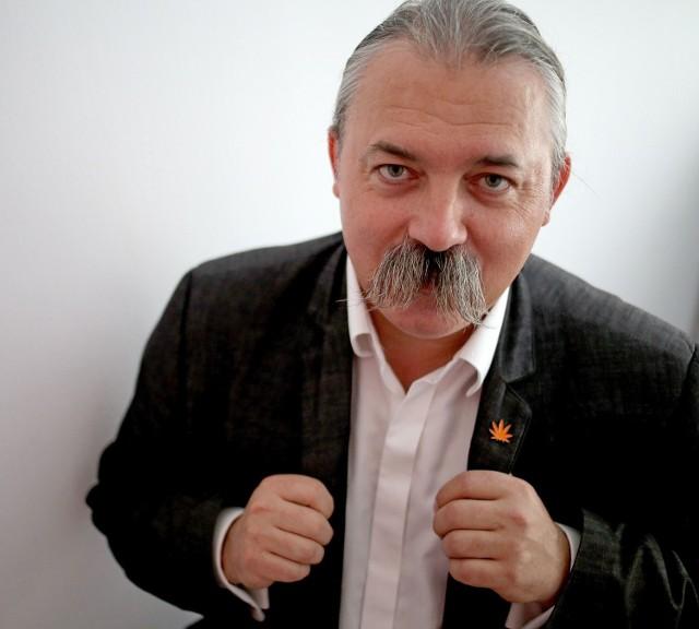 Piotr Bauć mówi, że często miał wrażenie, iż jego pobyt w Sejmie w roli posła opozycji był jałowy. Zapowiada, że napisze książkę o swoich doświadczeniach parlamentarzysty