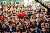 Cieszanów Rock Festiwal 2019 [ZDJĘCIA]: Jurek Owsiak, szef WOŚP, gościem specjalnym imprezy. The Freuders i Arek Jakubik Solo z nagrodami