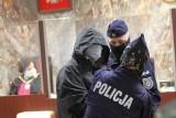 Przed sądem ruszył proces byłego proboszcza parafii w Tarnobrzegu i Ostrowcu Świętokrzyskim, oskarżonego o czyny pedofilskie (ZDJĘCIA)