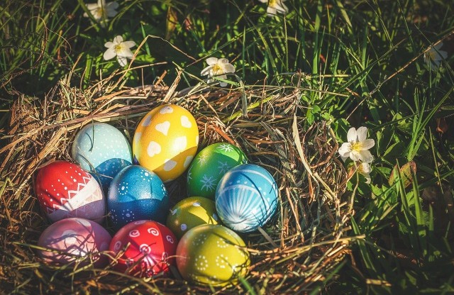 Żłóż życzenia na Wielkanoc, korzystając z naszych gotowych wzorów