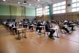 W środę o 9.00 maturzyści zmierzą się z matematyką