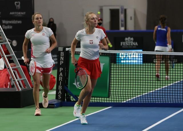Katarzyna Kawa i Magdalena Fręch podczas deblowego meczu z Brazylijkami, który zakończył się zwycięstwem Polek