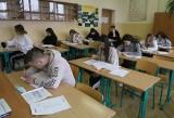 Próbna matura 2021 w powiecie białobrzeskim. Uczniowie pisali egzamin i cieszyli się ze spotkania