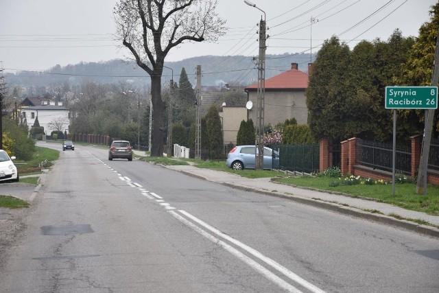 Ruszył remont ulicy Raciborskiej w Gorzycach
