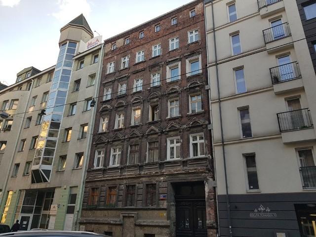 Kamienica nr 8 przy ulicy Biskupa Tomasza I we Wrocławiu przejdzie generalny remont.