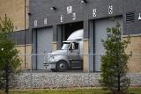 USA: Ruszyły transporty ze szczepionkami na koronawirusa. Przyrównano tę operację do lądowania aliantów w Normandii