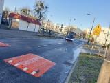 Bydgoszcz. Na ulicach pojawią się kolejne progi spowalniające, kocie oczka i oświetlone zebry