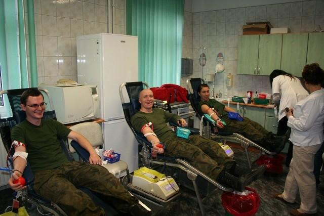 To już piąta w tym roku akcja honorowego krwiodawstwa, która odbyła się w sulechowskim 5 pułku artylerii. Tym razem wspierano chorych na białaczkę.