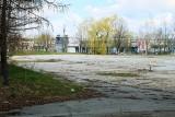 Spór o przyszłość terenów u zbiegu ulic Roztocze i Orkana. Miasto chce pozwolić tu na budowę bloków. Mieszkańcy są przeciwni