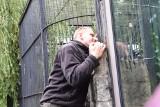Puma z Jury trafiła do śląskiego zoo. Weteran z Afganistanu: Będę o nią walczył