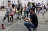 """Centrum Kultury Teatr w Grudziądzu przygotowało plenerową imprezę dla dzieci  """"Teatr na sportowo"""". Zobacz zdjęcia"""