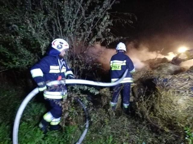 W wyniku pożaru w Świebodzinie k. Bolesławia doszczętnie spłoneły zabudowania gospodarcze. Działania strażaków trwały ok. 4 godzin