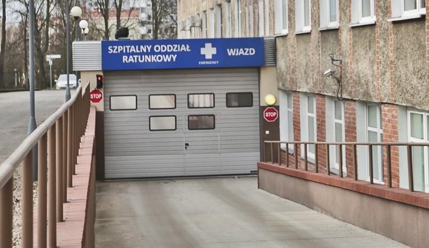 Skatowany mężczyzna trafił do szpitala w Zielonej Górze. Lekarze walczą o jego życie.