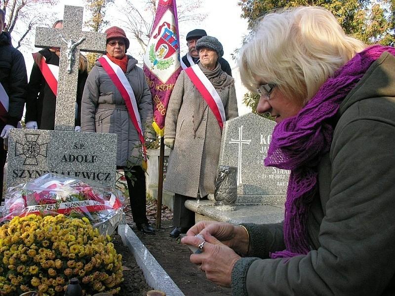 Brzeżanka Janina Dębska, córka Adolfa Szyndralewicza, może z dumą wspominać swojego ojca, który w wieku 15 lat walczył w lwowskich strzelcach.