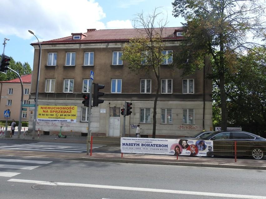 Tak wyglądał budynek u zbiegu ul. Sienkiewicza i Złotej we...