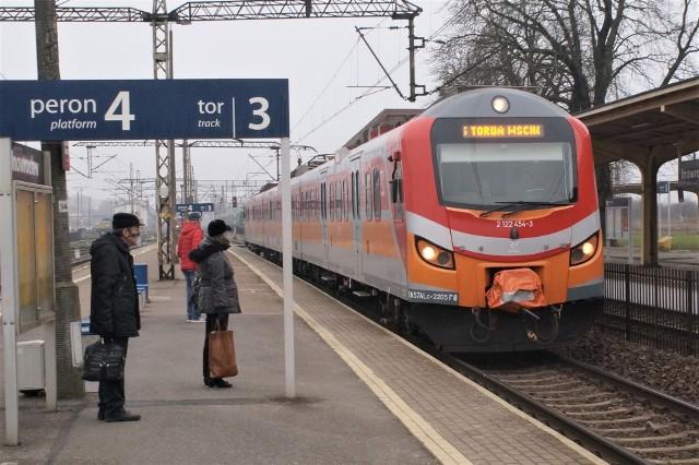 Ograniczenia dotknęły także mieszkańców Inowrocławia, którzy często korzystają z połączeń regionalnych do Bydgoszczy i Torunia.