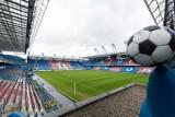 Wisła Kraków. Wynagrodzenia wzrosły o prawie 4 mln zł, właściciele ratują klub pożyczkami