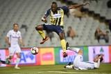 Najszybszy człowiek świata Usain Bolt chce być piłkarzem. Na razie chcą go... na Malcie