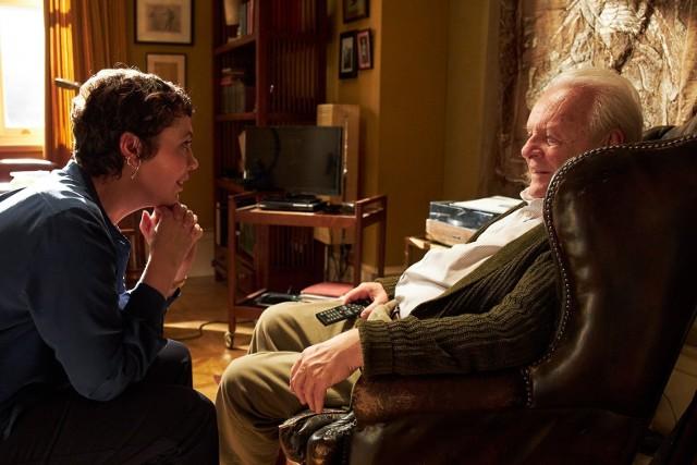 """Anthony Hopkins otrzymał w pełni zasłużone aktorskie wyróżnienie za wspaniały występ w filmie """"Ojciec"""" (The Father). Tu obok Olivii Colman"""