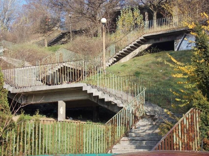 Miasto wraca do tematu zagospodarowania terenu wokół Schodów...