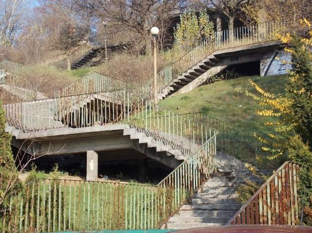 Miasto wraca do tematu zagospodarowania terenu wokół Schodów Donikąd w Gorzowie.