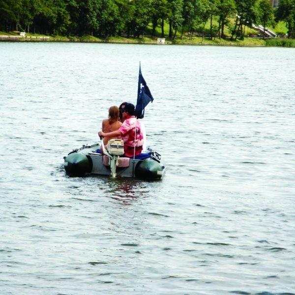 Nad kilkudziesięcioma jeziorami w powiecie chętnie wypoczywają zarówno turyści jak i miejscowi. Odpoczną tu zarówno ci, którzy szukają spokoju, a także osoby, które chcą się wyszaleć.