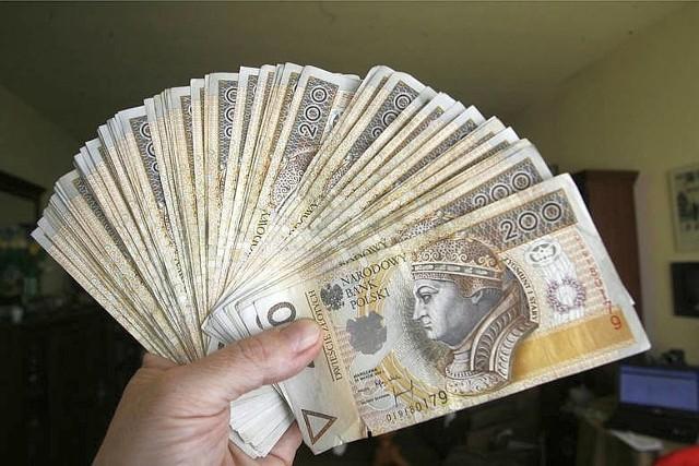 Łupem złodziei, którzy podają się za pracowników różnych urzędów czy instytucji  padają najczęściej pieniądze, ale też inne  wartościowe przedmioty, które znajdą się  w zasięgu ręki