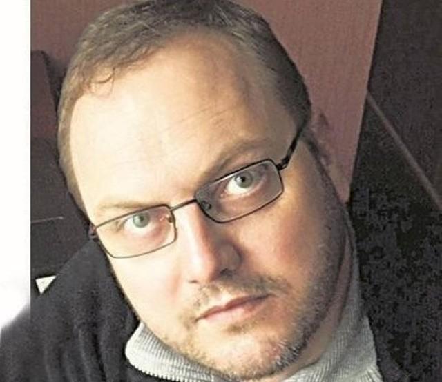 Adam Willma, autor komentarza