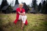 Teresa Werner jest zrozpaczona po śmierci menadżera Krzysztofa Szweda. Piosenkarka dzieli się wspomnieniami