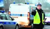 """Policjanci muszą karać mandatami? Mają """"limity mandatowe"""". Słupki i tabelki w policji to, niestety, wciąż norma"""
