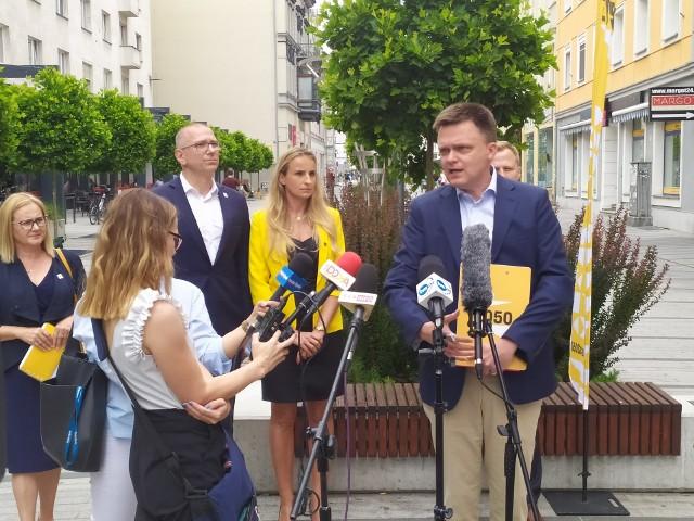 - W Polsce 2050 myślimy o pokoleniu, a nie tylko o jednej kadencji – mówił Hołownia na spotkaniu w Opolu.