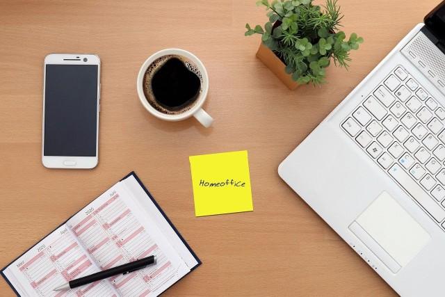Home office. Sprawdź w naszej galerii 10 pomysłów na aranżację biura w domu>>>