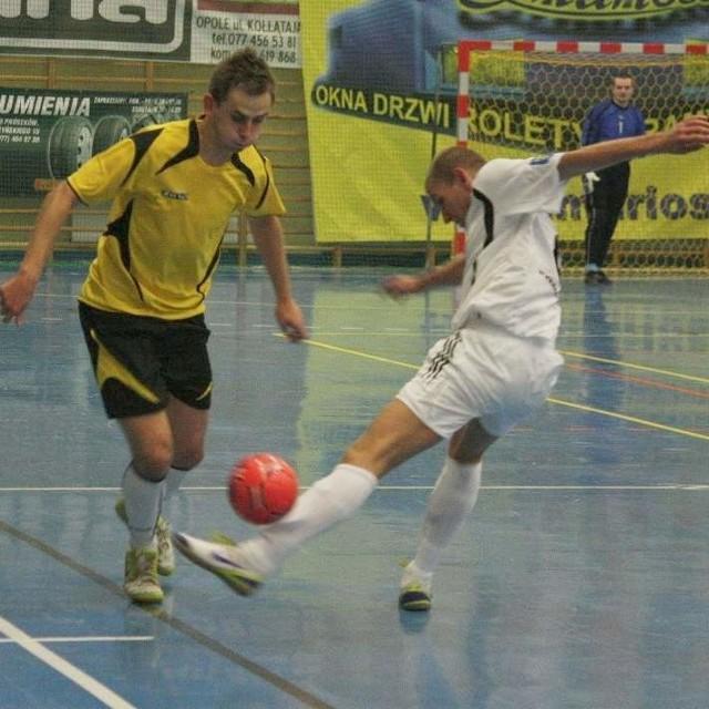 II liga futsalu Marioss Gazownik Wawelno - Reneks Grajów 4:6