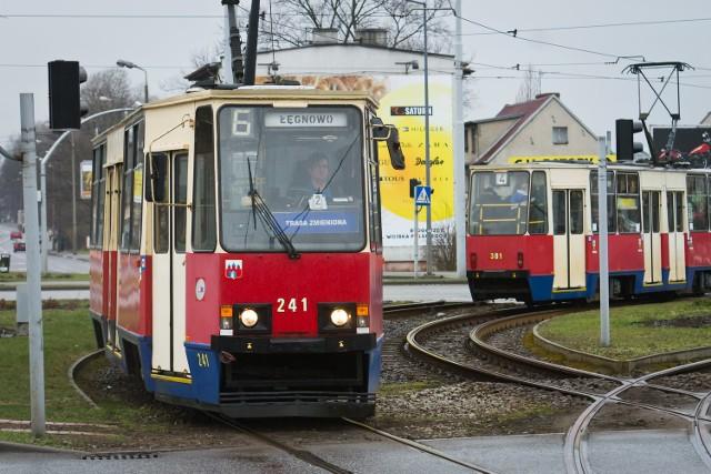 Około 200 podkładów zostanie wymienionych na nowe. Prace nie są wymagające, ale tramwaje muszą zmienić swoje stałe trasy.