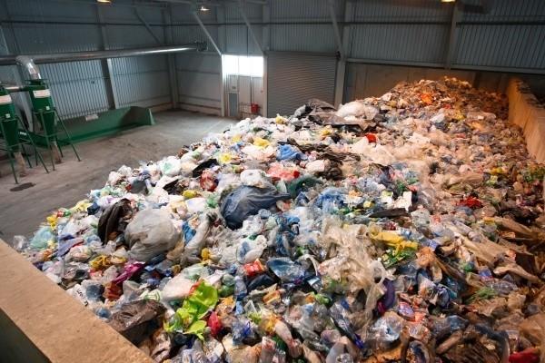 Złożono tylko 16 tys. deklaracji. Spiesz się, albo nie odbiorą śmieciBrak deklaracji to nieodebrane z posesji śmieci. Aby do tego nie dopuścić należy złożyć dokument w terminie.