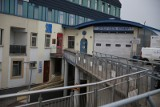 Tragiczna śmierć we Wrocławiu. Mężczyzna wyskoczył z okna budynku szpitala