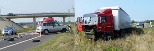 Kierowca tego samochodu nie przeżył zderzenia z ciężarówką. Fragmenty forda, m.in. jedno z kół, zostały rozrzucone wokół zniszczonego auta.