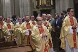 Kościoły zamknięte przez koronawirusa. Kto chce zamknięcia kościołów? Episkopat zachęca do odwiedzania kościołów podczas epidemii 25.03.2021