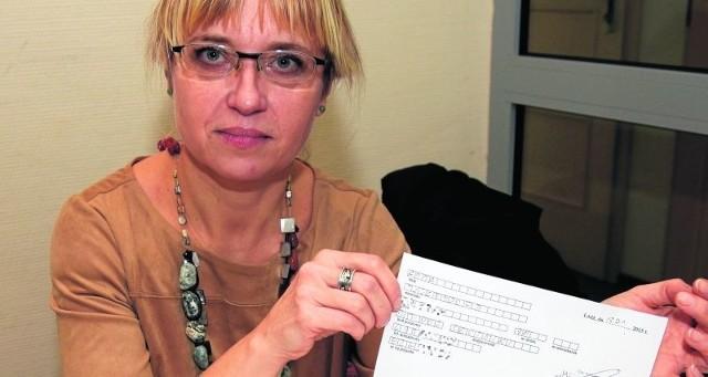 Anna Tuckendorf uważa, że postawa urzędników wobec mieszkańców jest lekceważąca.