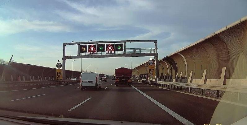 Autostradowa Obwodnica Wrocławia.