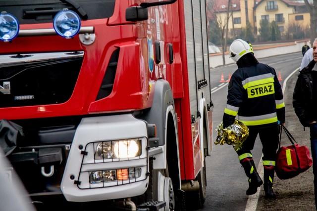 Jedna osoba zginęła, a dwie zostały ranne w wypadku, do którego doszło w sobotę, 17 sierpnia rano, na autostradzie A2 w powiecie zgierskim.CZYTAJ DALEJ NA NASTĘPNYM SLAJDZIE