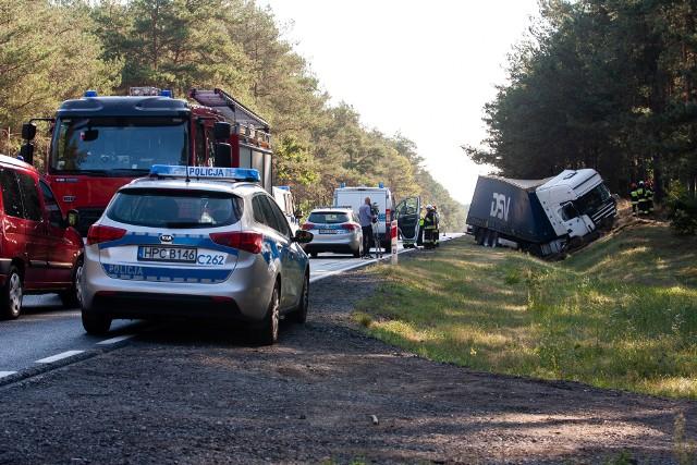 Szczególnie pilna jest przebudowa 50-kilometrowego odcinka drogi krajowej nr 10 między Bydgoszczą a Toruniem w standardzie ekspresowym. To dlatego, że trasa jest bardzo niebezpieczna, często dochodzi na niej do groźnych wypadków.